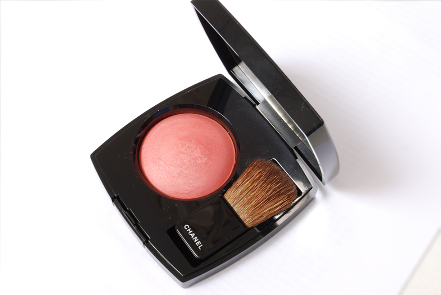 Chanel Joues Contraste blush review malice 71