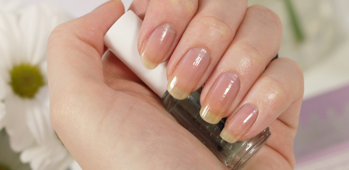Essie  Professional Routine met Chinchilly aanbieding Big Bazar goedkoop review swatch basecoat
