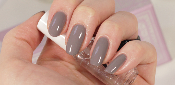 Essie  Professional Routine met Chinchilly aanbieding Big Bazar goedkoop review swatch topcoat good to go