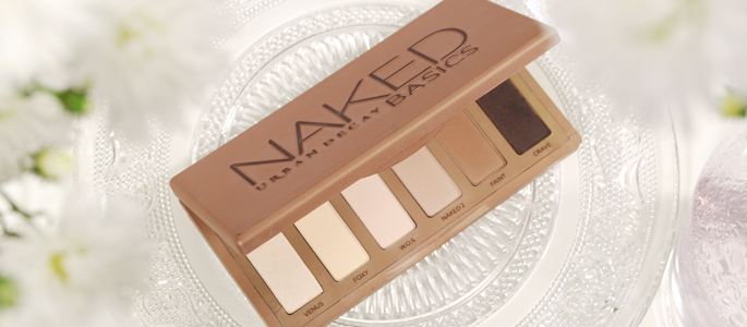 Beginnen met opmaken make-up beauty geheim basis basics begin bij een goede basis naked basics palette urban decay