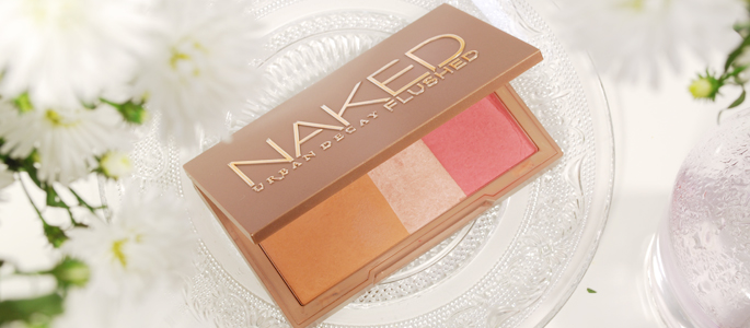 Beginnen met opmaken make-up beauty geheim basis basics begin bij een goede basis naked flushed palette blush bronzer highlighter urban decay