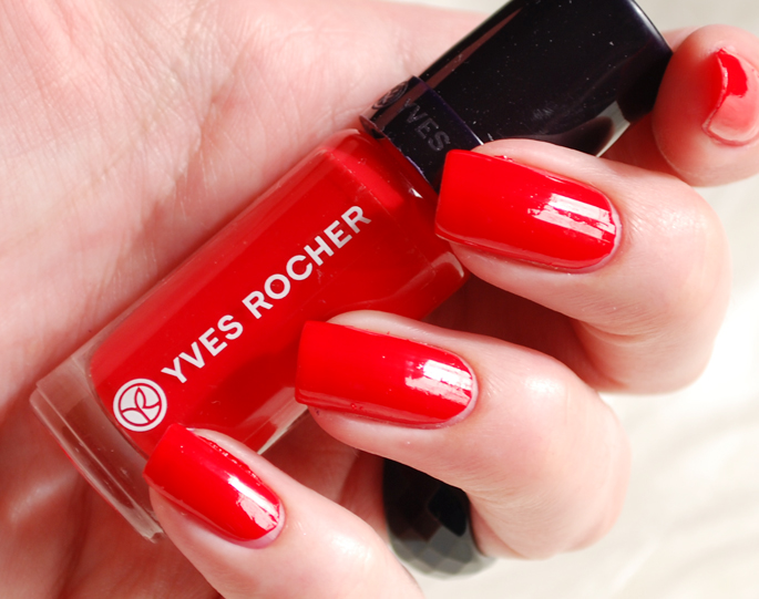 couleurs vegetable Yves Rocher nagellak 50 nieuwe kleuren Elemihars YR nagellak swatch Lifestyle by Linda beauty blog make-up 55 hibiscus rouge