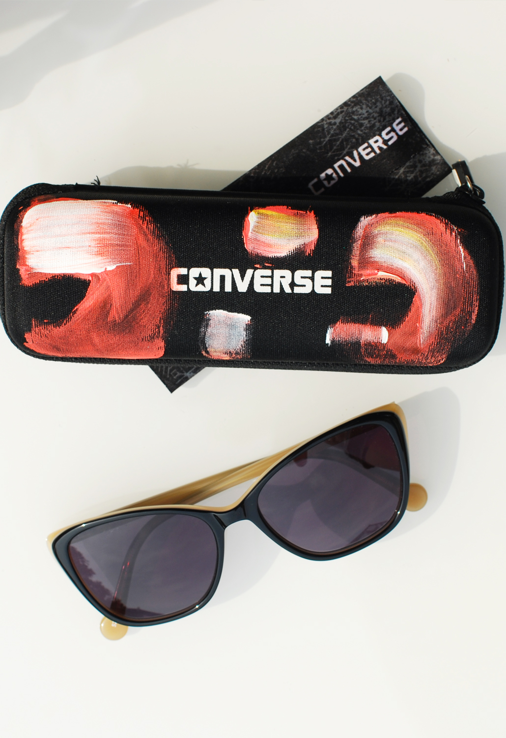 Converse specsavers bril zonnebril by limited edition roxanne dekker illustrations lifestyle by linda
