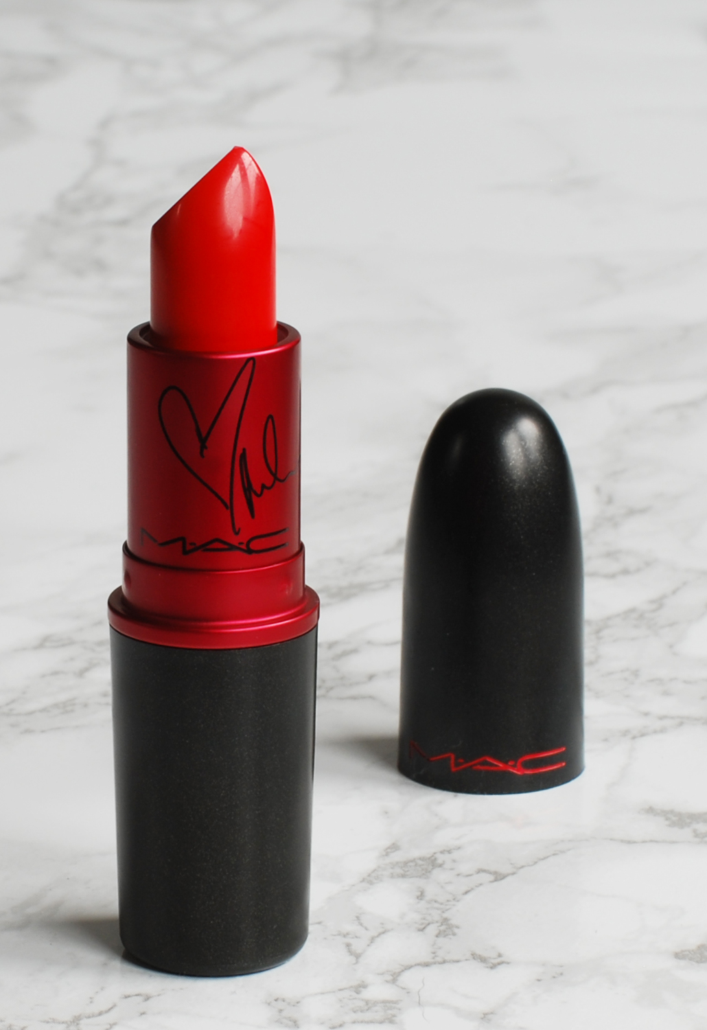 MAC Viva Glam Miley Cyrus 2 II matte lipstick rouge a levres lifestyle by linda swatch review