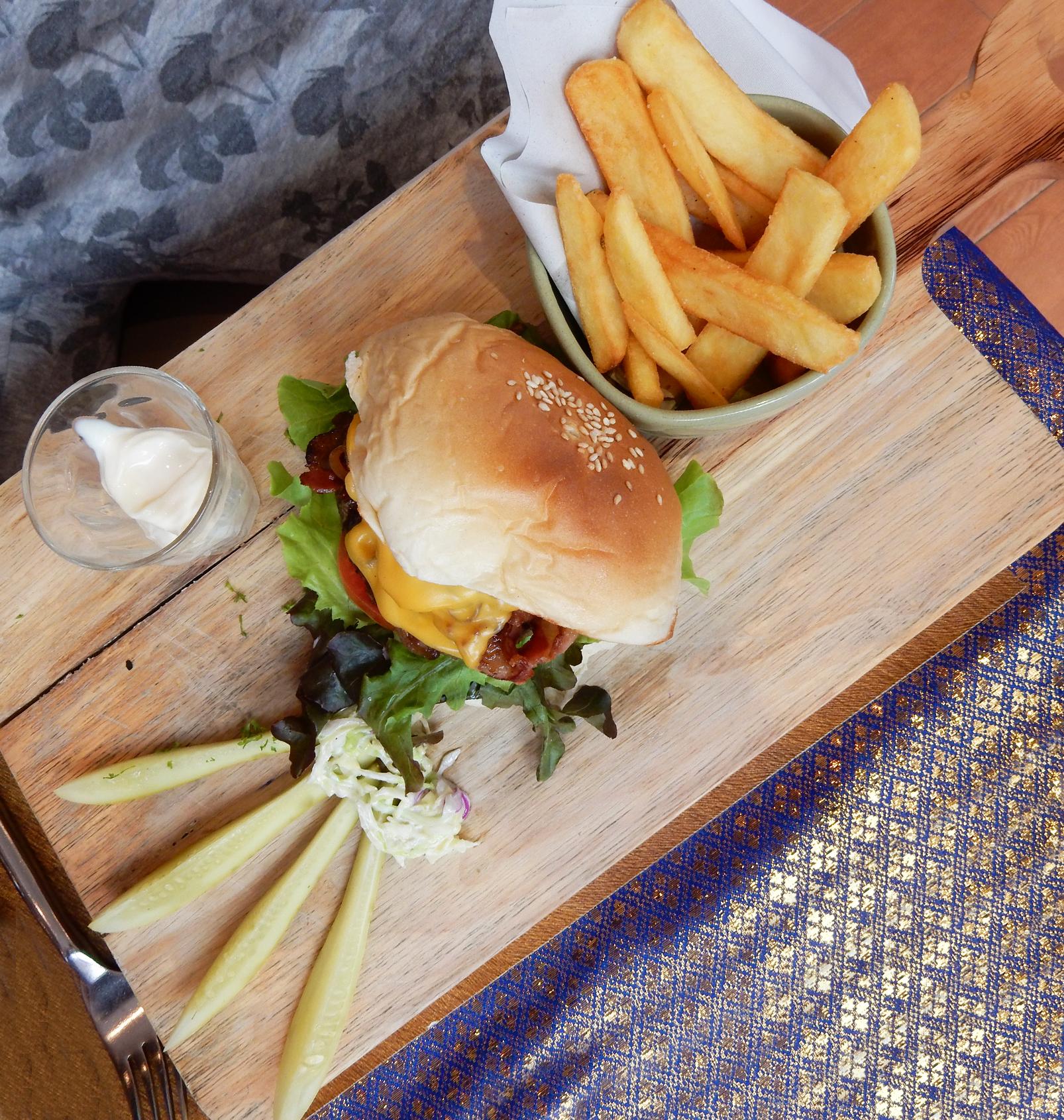 aning restaurant Thailand krabi ao nang beach la playa resort lifestyle by linda