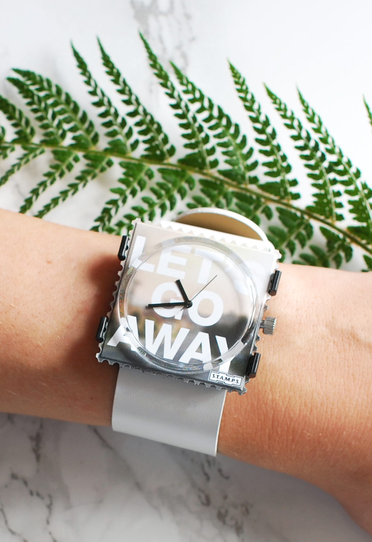 S.T.A.M.P.S. stamps watch let's go away horloge uniek leuk cadeau verrassing lifestyle by linda kerst cadeau 2015 sinterklaas