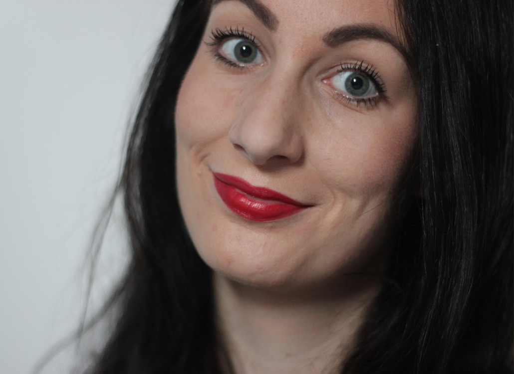 MAC Cosmetics full face lifestyle by linda viva glam rihanna frost