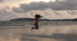 Thailand vlog | Shooten op het strand & de Thaise supermarkt
