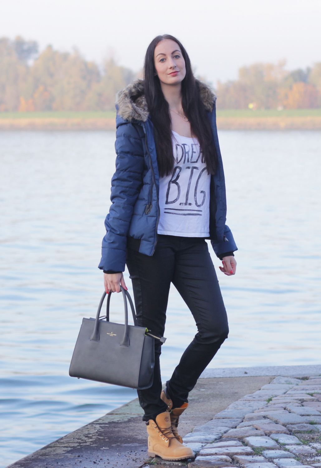 Sublevel Winter Jacket Insignia Blue Defshop OOTD fashion outfit of the day winterjas lifestyle by linda Paul's Boutique Bethany handbag blogger exclusive