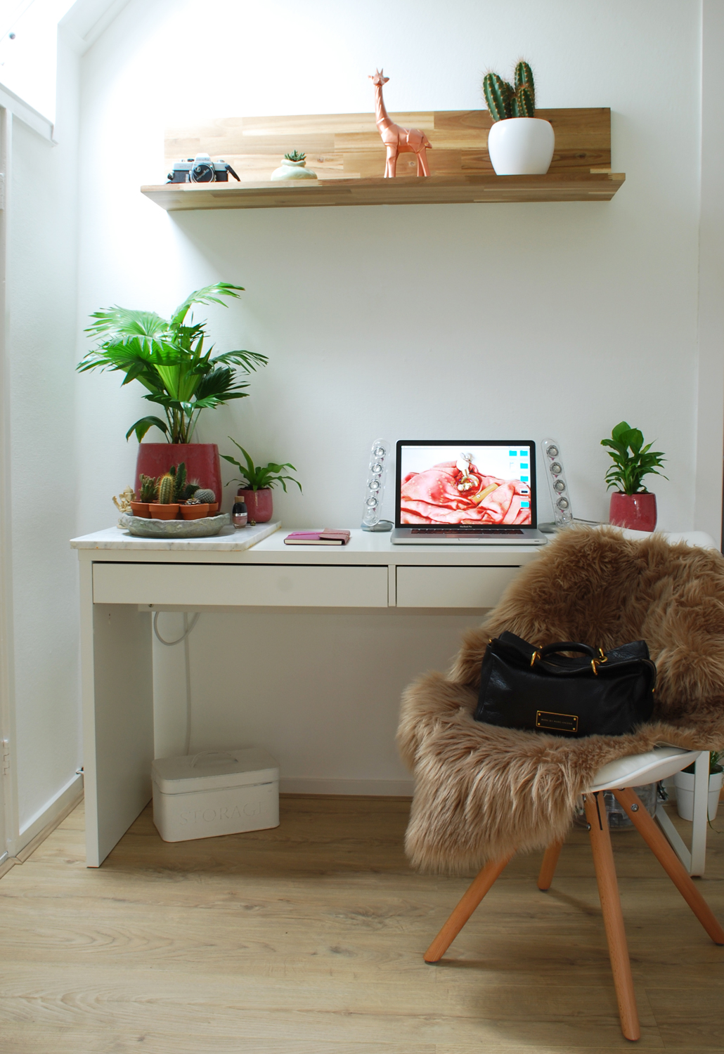 desk make-over lifetsyle by linda inspiratie bureau macbook  werkplek
