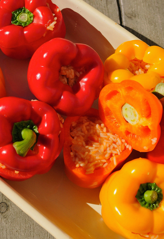 Healthy Vegan BBQ gevulde paprika's griekse rode rijst recept