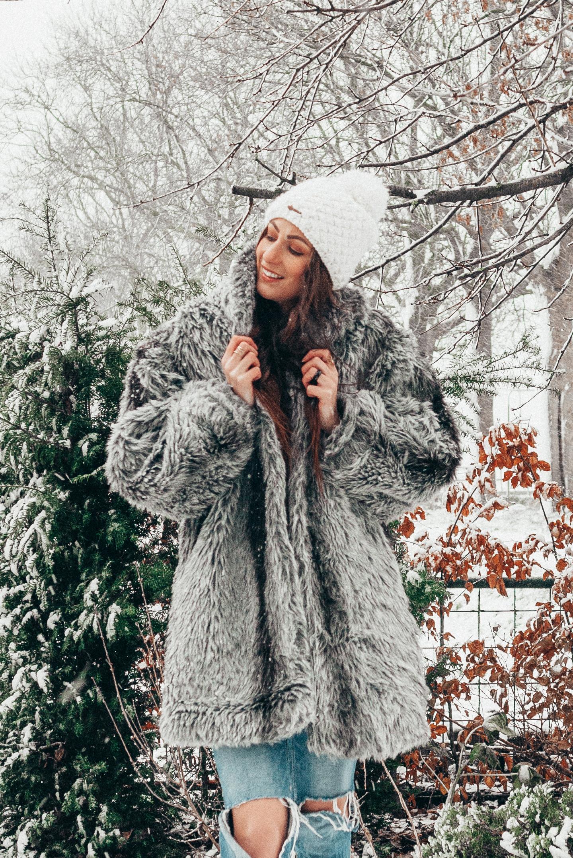 Snow OOTD fake fur coat
