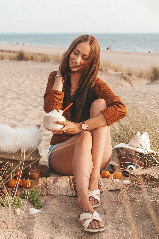 Boho beach picnic Linda's Wholesome Life
