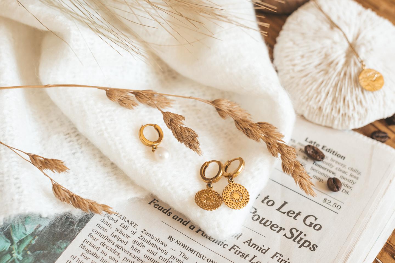 neinties oorbellen earrings sustainable