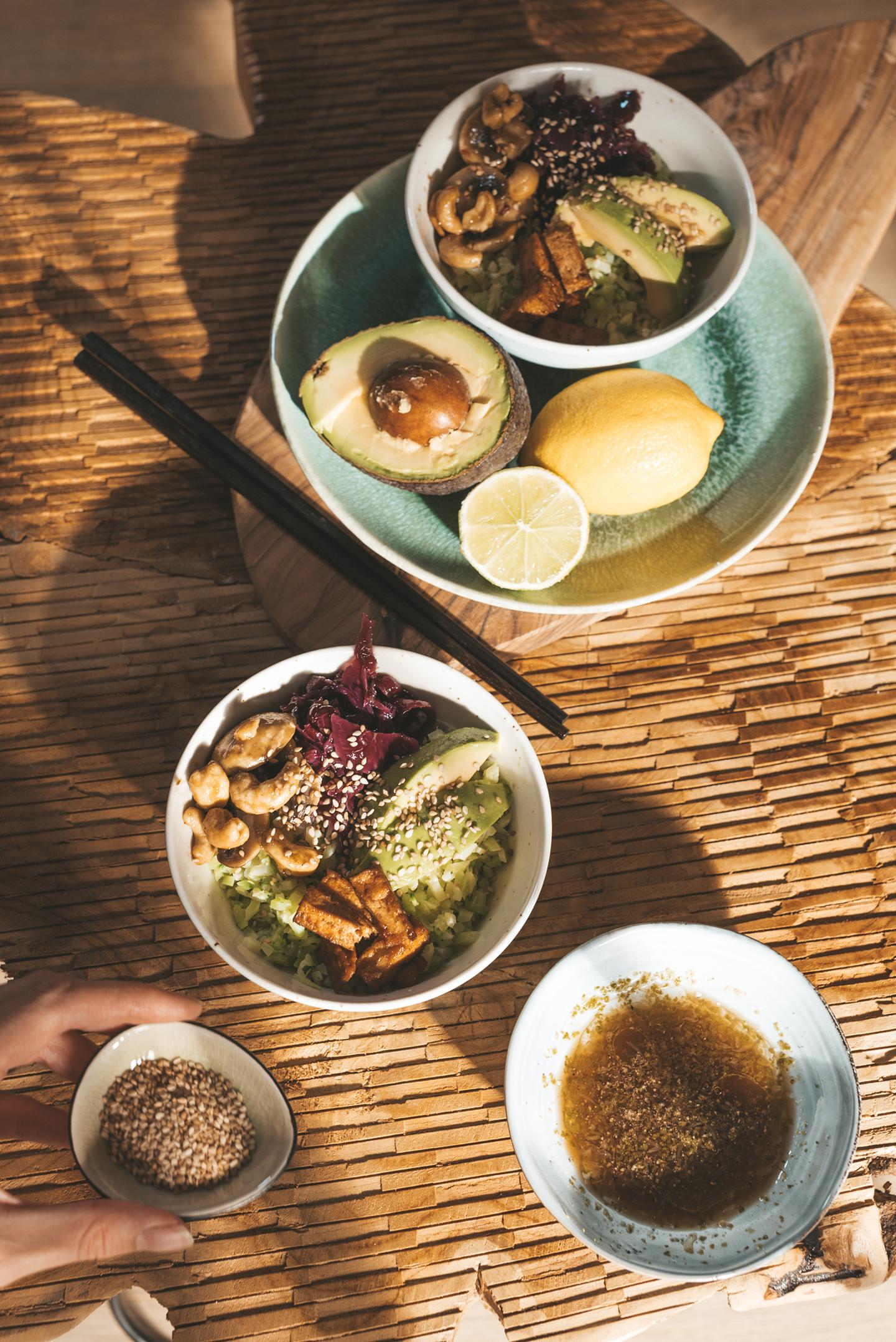 Aziatische vegan maaltijdsalade Eet Geen Dierendag
