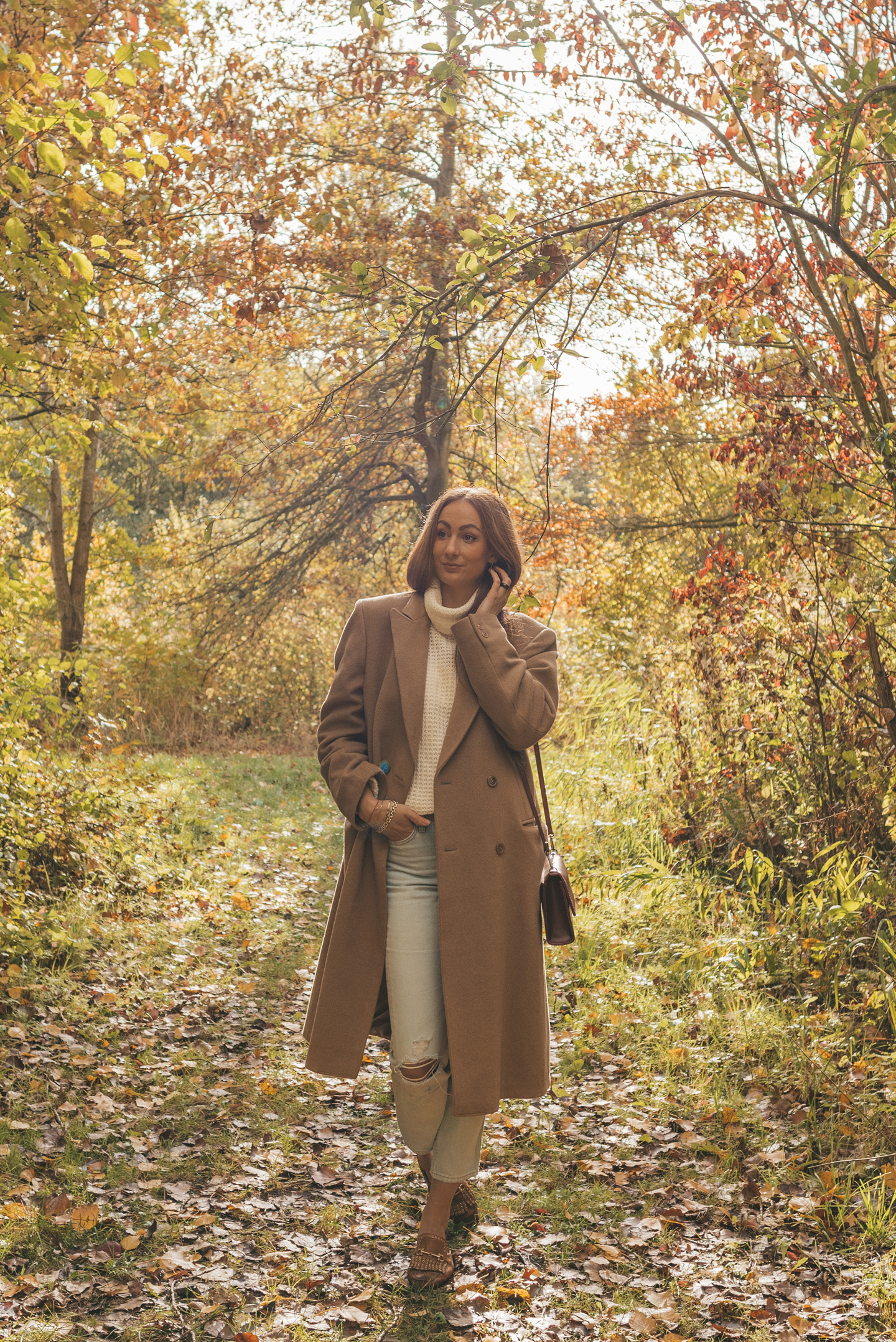sustainable fall outfit Linda's Wholesome Life