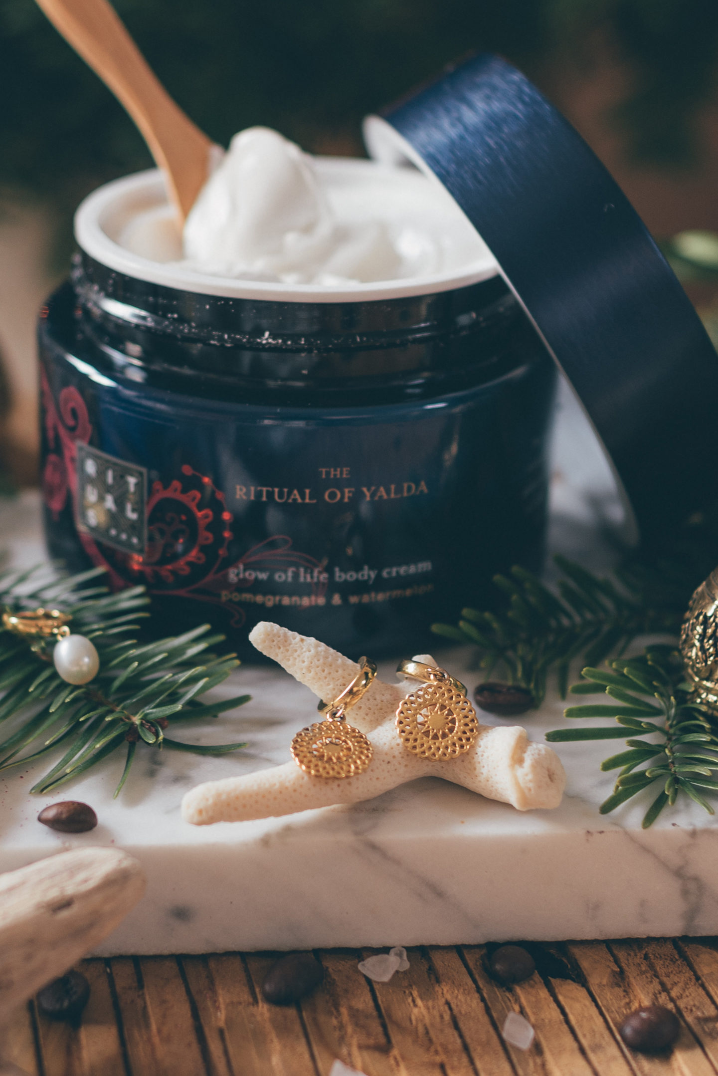 Sustainable Gift Guide Linda's Wholesome Life