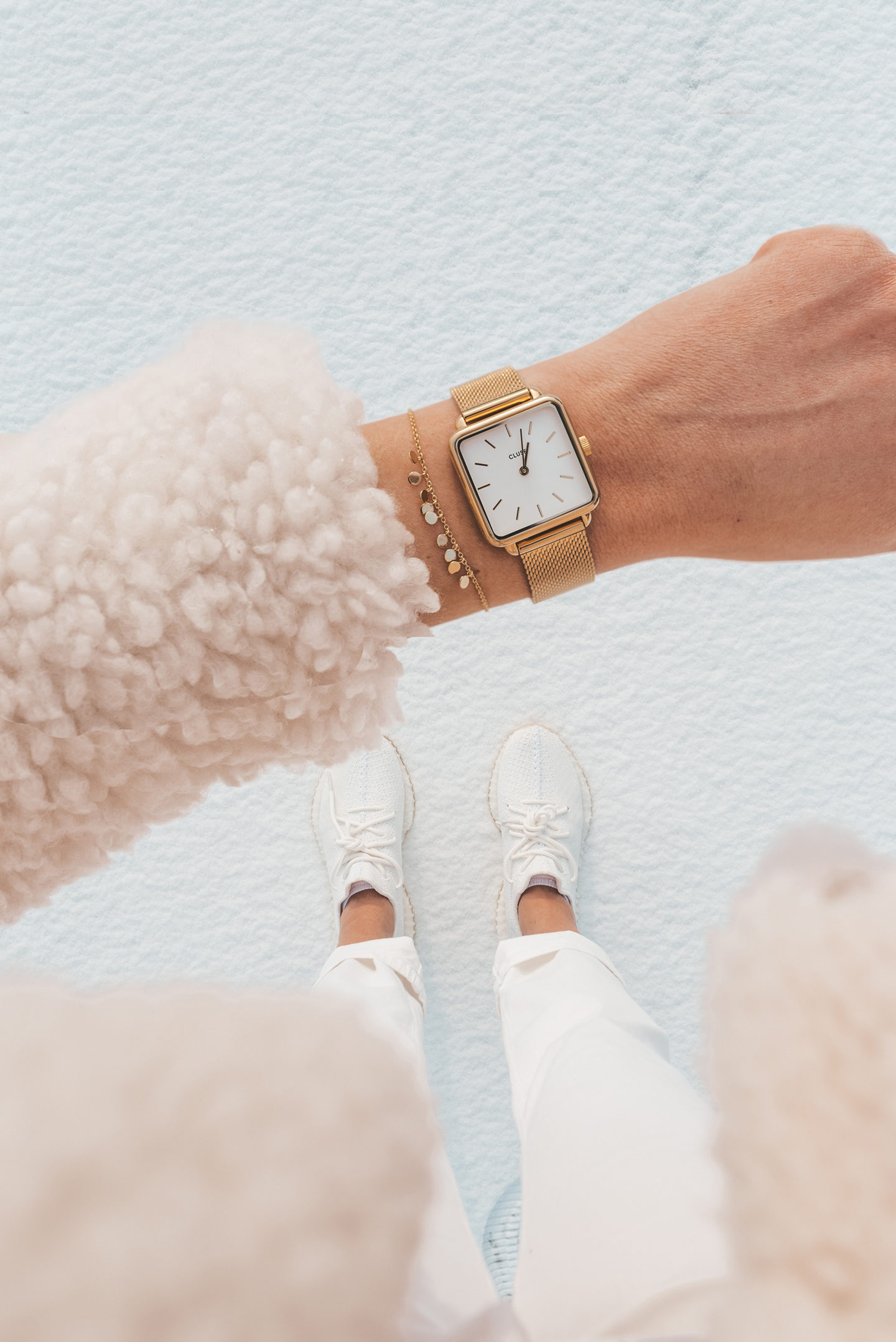 Yeezy cream white cluse watch rosefield bracelet