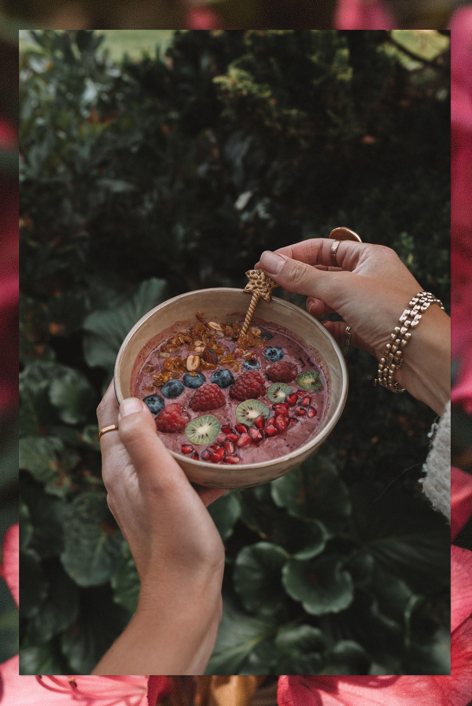 healthy Vegan Breakfast Bowl vegan ontbijt