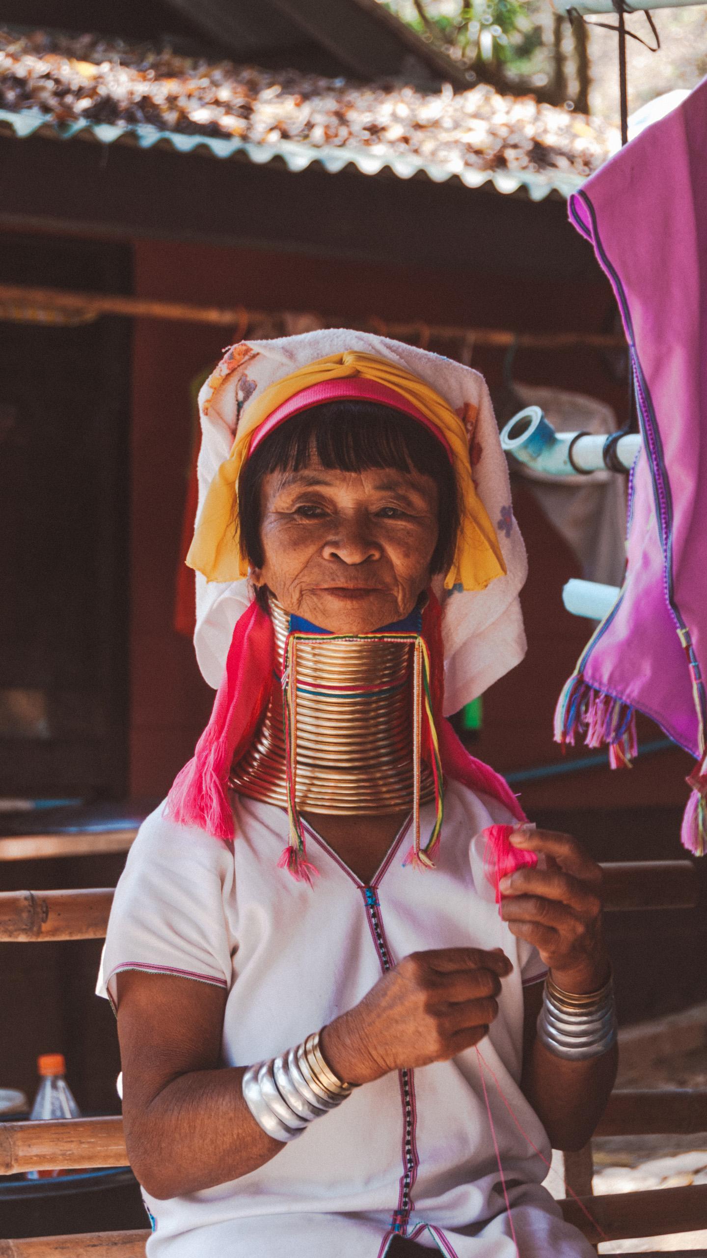 Kayen Red Karen Longneck Village Tachileik Myanmar