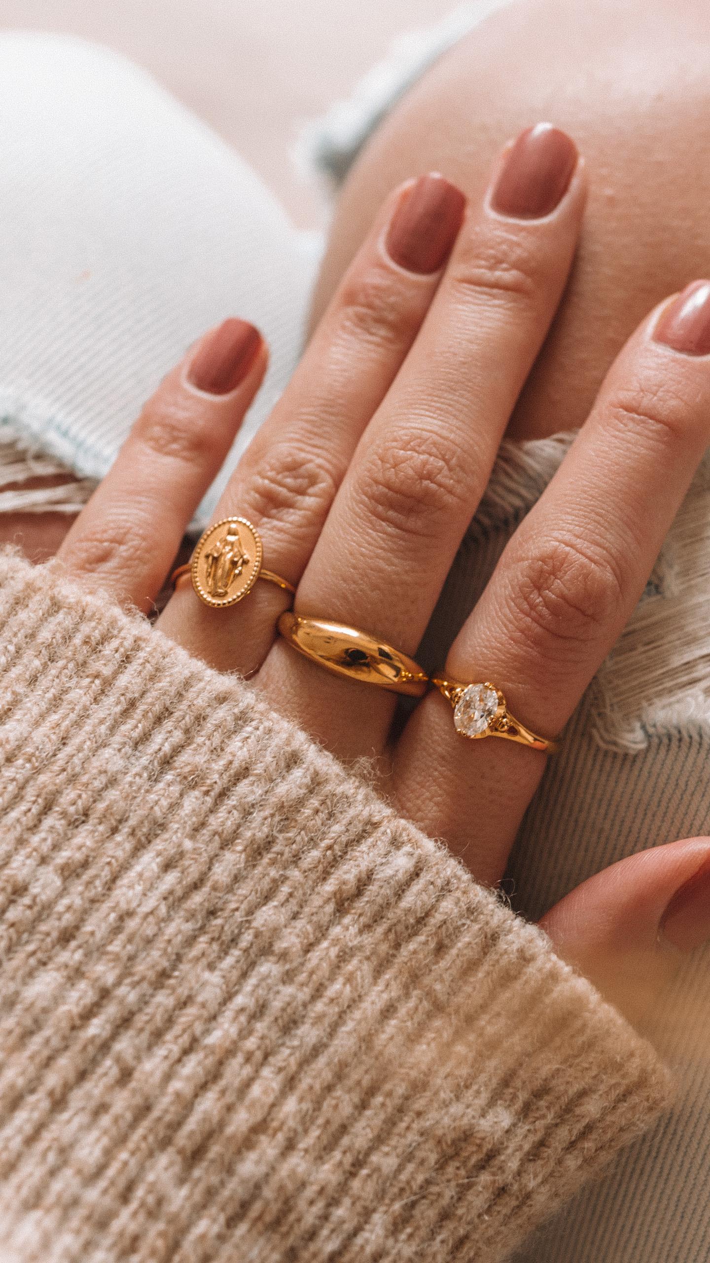 Safira ringen goud